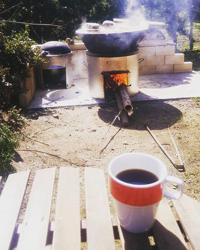 至福のコーヒーtime#筍姫 #茹でてる間に #コーヒータイム #農家 #里山 #田舎暮らし #タケノコ #灰汁抜き #tokushima #coffee #おうちカフェ