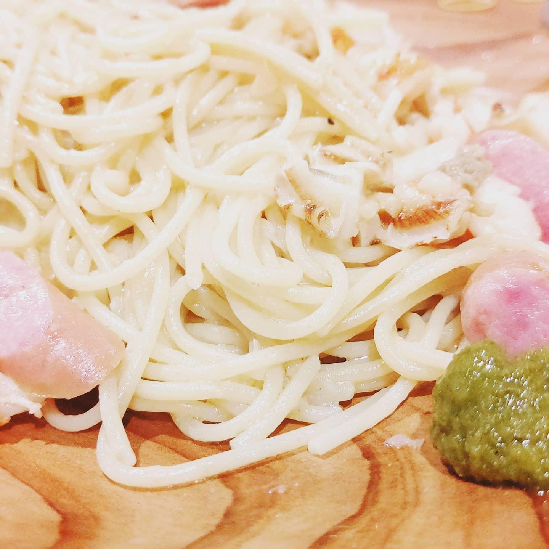木頭ゆずのゆず胡椒ペペロンチーノでいただきました唐辛子の辛みと青ゆずの爽やかさがたまりません#ゆず胡椒 #ペペロンチーノ #pasta #農家めし #里山 #とくしま  #阿波たけのこ農園