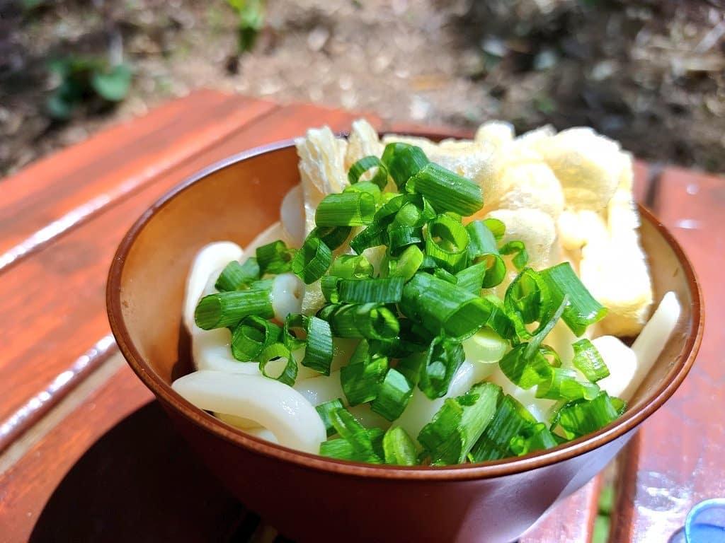 竹やぶで食べたらより美味しい♪